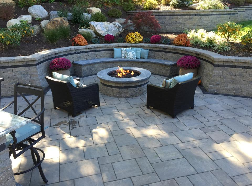 How to improve your outdoor living space this summer - Types fire pits cozy outdoor spaces ...